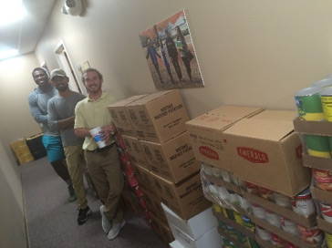 students in food pantry