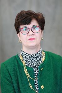 portrait of Leslie Johnston